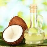 Cải thiện làn da hư tổn bằng cách làm trắng da toàn thân với nước dầu dừa