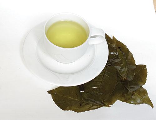 Cách làm trắng da nhanh bằng trà xanh 3