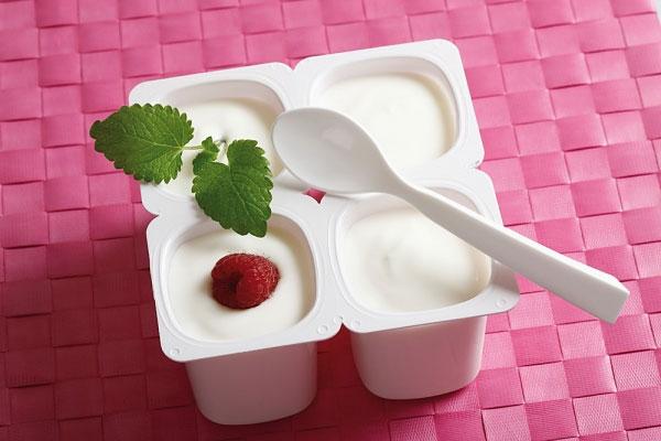 Làm trắng da cực nhanh tại nhà bằng sữa chua 3