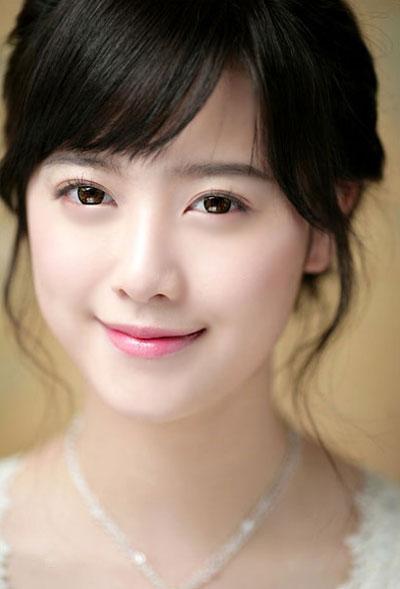 """Phụ nữ Hàn Quốc """"tiết lộ"""" bí mật làm da trắng sáng tự nhiên2"""