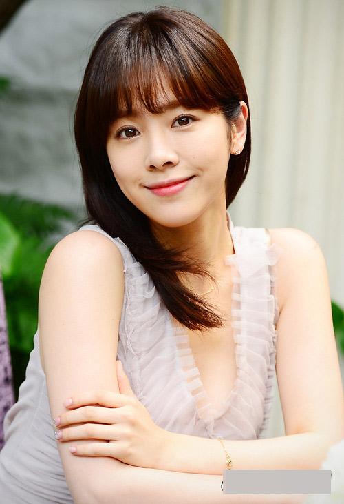 """Phụ nữ Hàn Quốc """"tiết lộ"""" bí mật làm da trắng sáng tự nhiên1"""