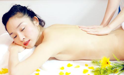 Những lời khuyên hữu ích giúp bạn tắm trắng hiệu quả và an toàn1