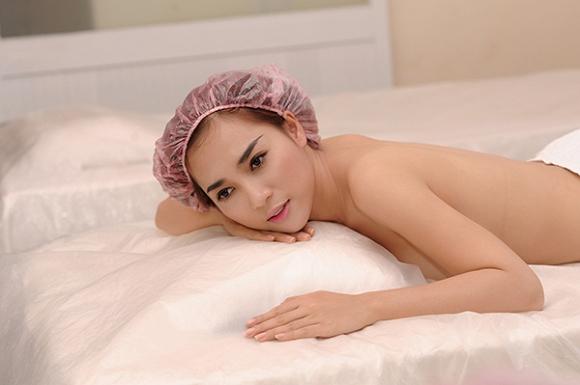 Chị em chia sẻ kinh nghiệm lựa chọn dịch vụ tắm trắng toàn thân uy tín