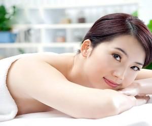 Tắm trắng da toàn thân có tốt không?