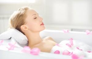 Cận cảnh quá trình tắm trắng toàn thân an toàn