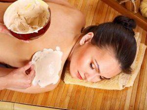 Cách làm kem dưỡng trắng da trắng bật TONE hiệu quả rõ rệt