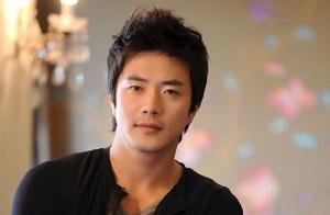 Ngỡ ngàng trước làn da trắng ngần của nam diễn viên Kwon Sang Woo