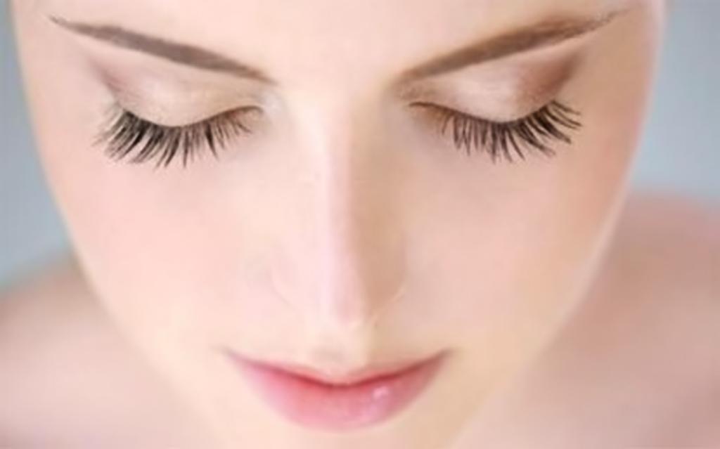 Làn da trắng sáng mịn màng giúp bạn tự tin tỏa sáng