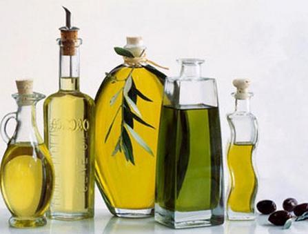 Cách làm trắng da mặt nhanh nhất và hiệu quả với dầu oliu1