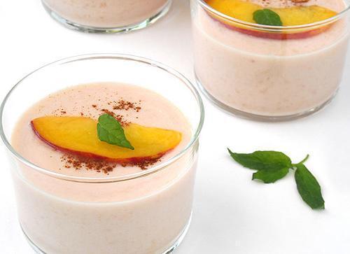 5 mẹo nhỏ tắm trắng bằng cà rốt, lá bạc hà, sữa chua… tại nhà